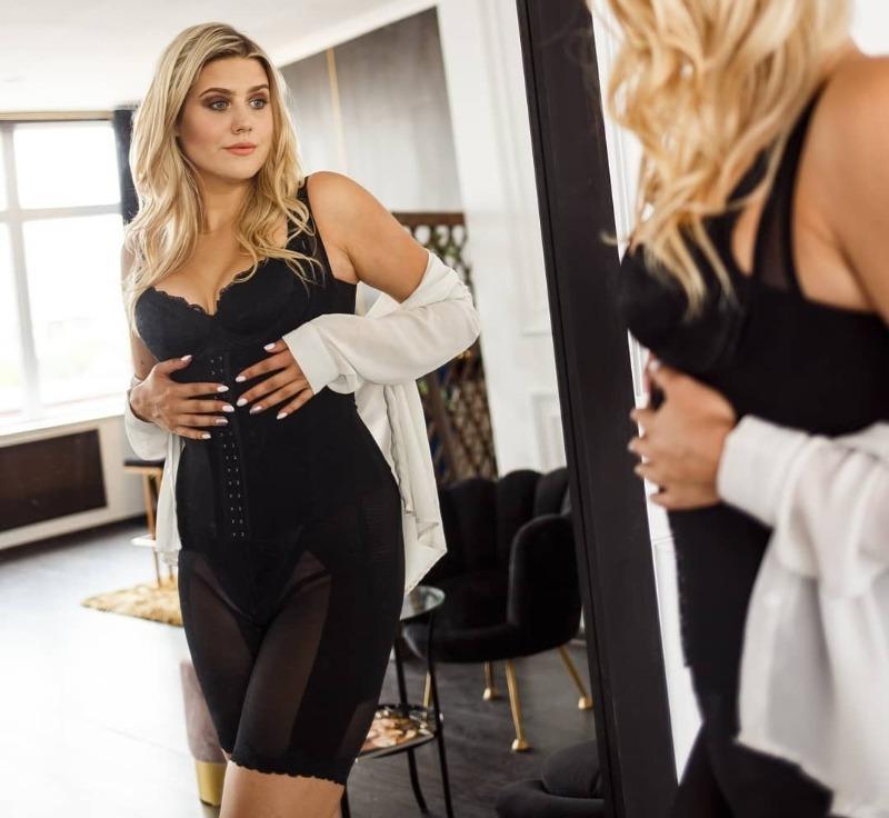 7 способов скрыть выступающий живот при помощи одежды