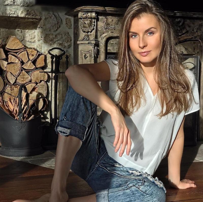 7 красивых и стильных жен российских звезд