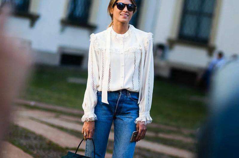 С чем носить джинсы, чтобы не растерять свою женственность: 5 идей на лето
