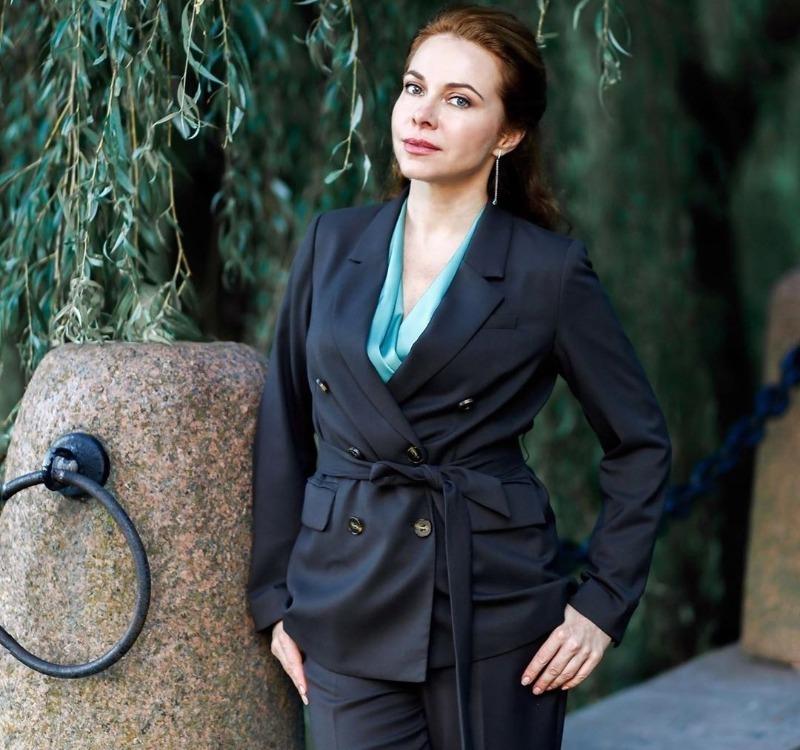 7 красивых актрис из российских сериалов 2000-х: как они изменились