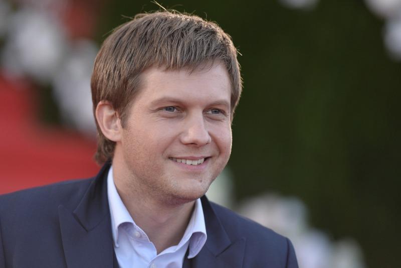 8 российских знаменитостей, страдающих от одиночества