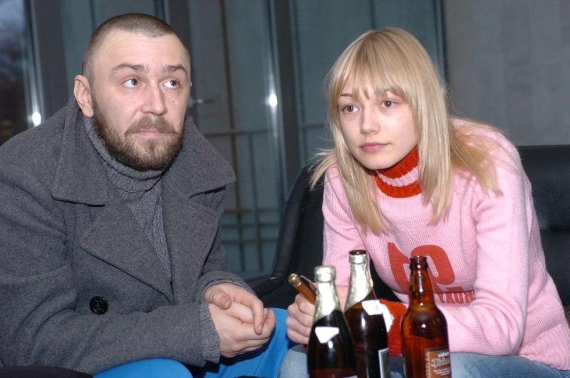 5 красивых женщин эпатажного Сергея Шнурова