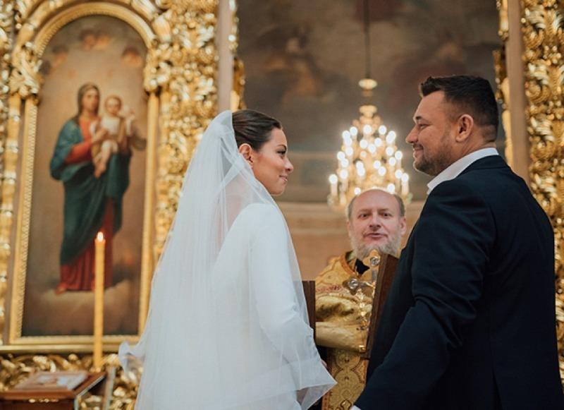 Знаменитые пары, которые, прожив несколько лет в браке, решили обвенчаться