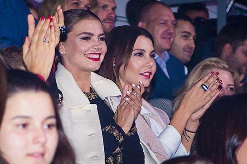 5 пар стильных сестер российского шоу-бизнеса