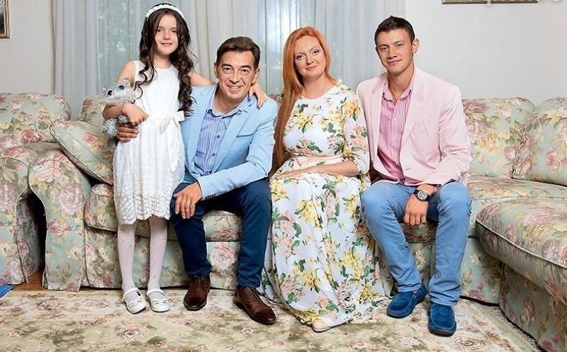 6 наших актеров, которые женились на поклонницах