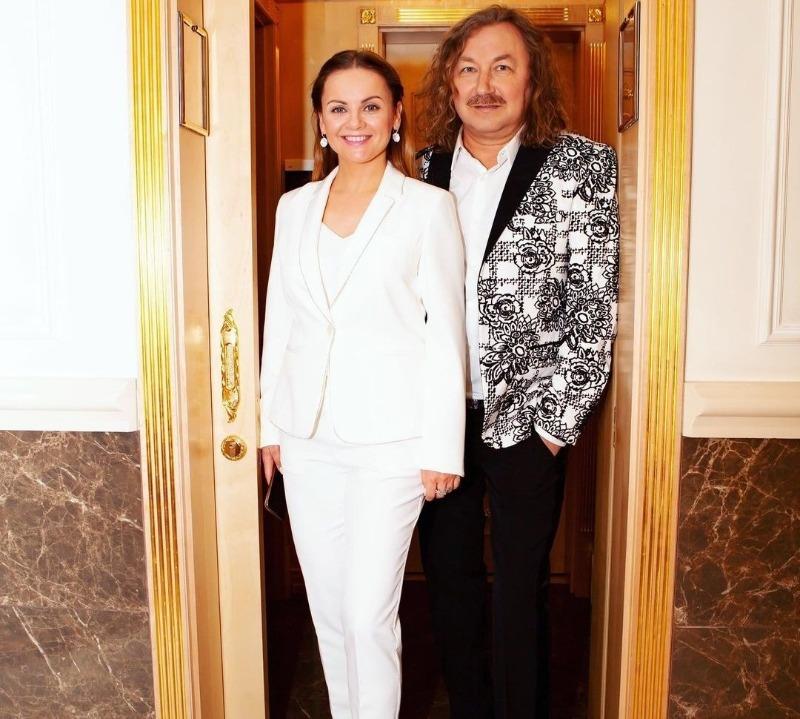 6 необычных историй знакомства влюбленных пар российского шоу-бизнеса