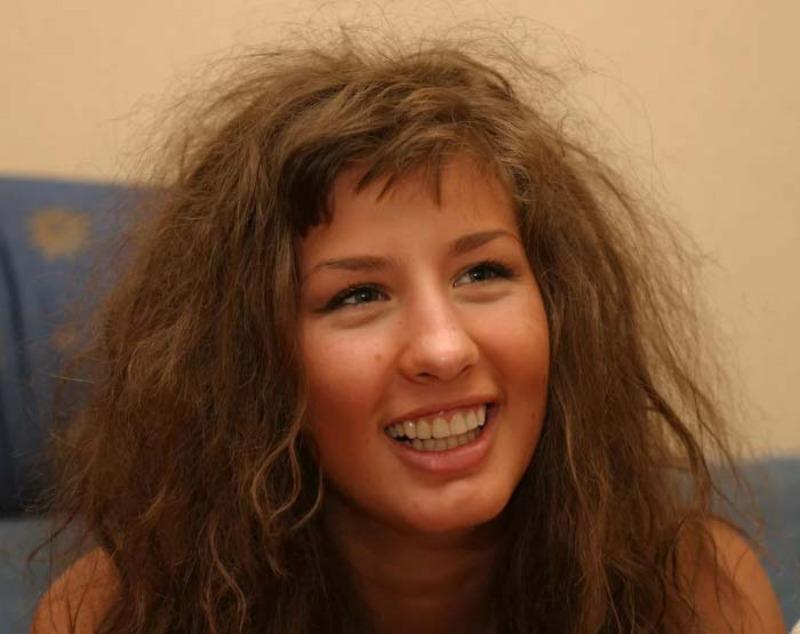 Как выглядели красивые российские певицы в начале карьеры