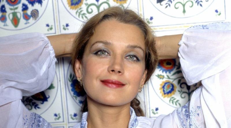 Почему яркая внешность стала наказанием для красавицы Ирины Алферовой