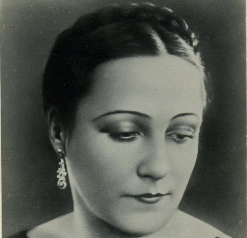 5 красивых певиц и актрис, которые нравились Сталину
