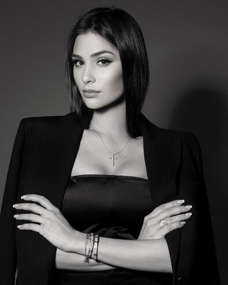 Красивые и знаменитые женщины, которые покорили сердца российских хоккеистов