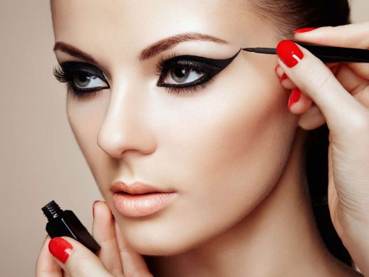 kak-pravilno-nanosit-makijazh-na-lico_ (1)