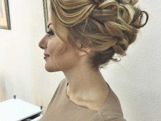 Причёски с собранными волосами